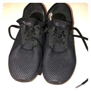 New balance fuel core tennis shoes